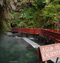 agua muy caliente Y agua muy frio tambien - que bueno!